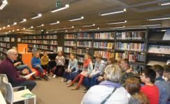 Een deel van de KJV-deelnemers tijdens hun eerste bijeenkomst