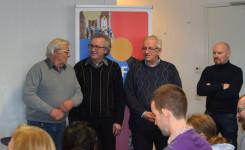 Foto van de vier genomineerden voor de schrijfwedstrijd
