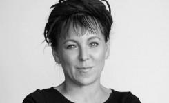 Foto van Nobelprijswinnares Olga Tokarczuk