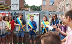 Foto van de opening van de gedichtenwandeling in Grasheide