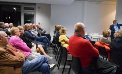 Foto van het publiek tijdens de lezing 'Twee eeuwen schoolstrijd in Putte en omgeving'