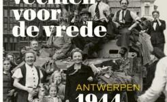 Voorplat van het boek 'Vechten voor de vrede' van Frank Seberechts