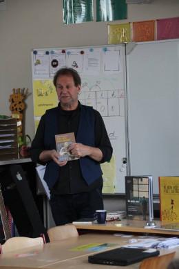 Een foto van Wally De Doncker tijdens zijn lezing