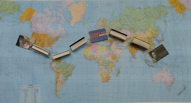 Wereldkaart met boeken